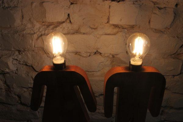 Drewniana lampka nocna 2